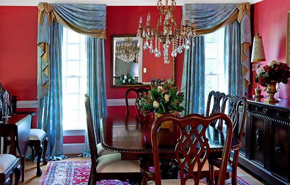 julie-strange-dining-room-interior-design